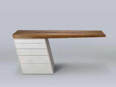 Schreibtisch in IMI-Beton/Alteiche Foto: Wiebke Reich