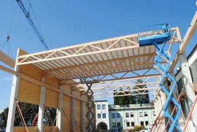 Dachrippenelementen aus BauBuche Quelle i+R Holzbau GmbH