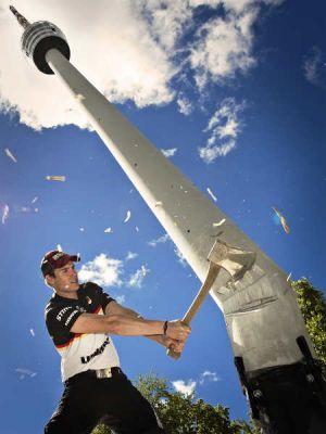 trickreiche Sieger-Foto zeigt den deutschen Sportholzfäller Quelle STIHL TIMBERSPORTS®