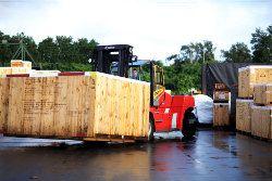 Keine weltweite Logistik ohne Paletten und Holzpackmittel. Foto: HPE