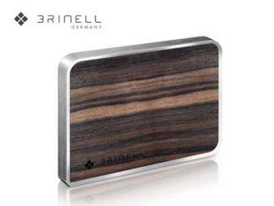 Das superschlanke brinell Drive SSD in Holz Quelle brinell gmbh