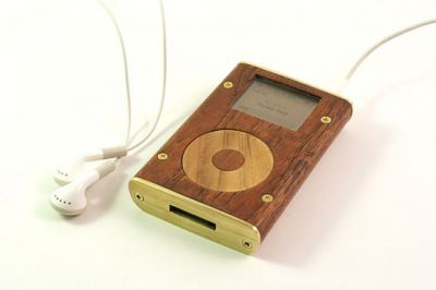 iPod in Holz 2